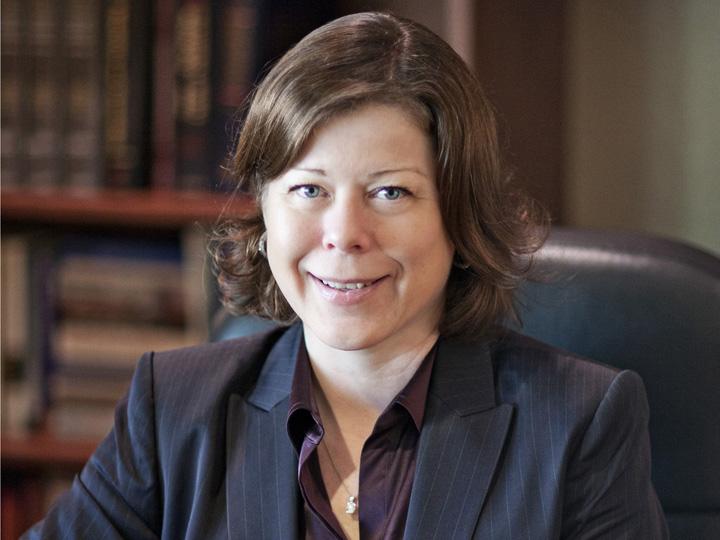 Dr. Cindy Schneider