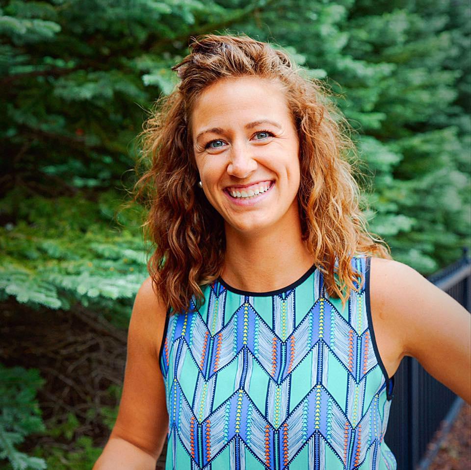 Dr. Lindsey Engmark