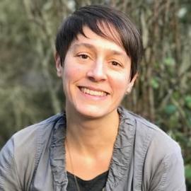 Dr. Caroline Schier